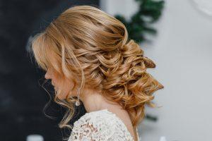 coiffure romantique mariée
