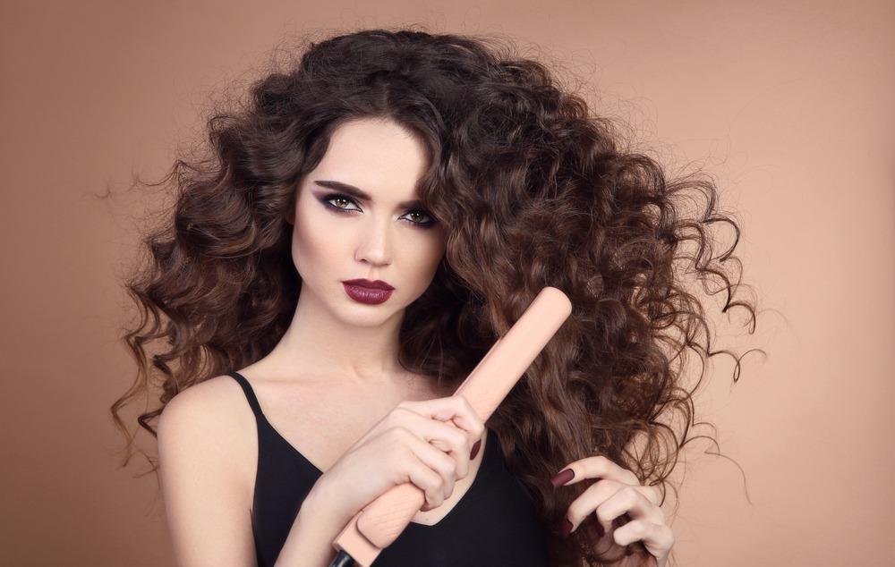 Comment enlever l 39 lectricit statique de vos cheveux for Enlever l electricite statique