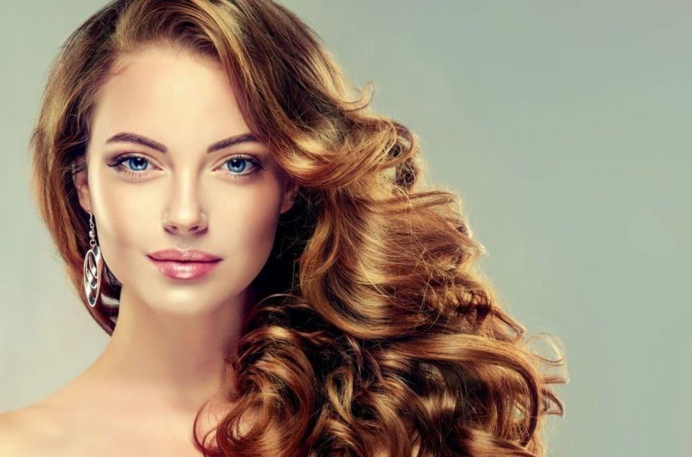 Nos meilleures astuces pour des cheveux brillants