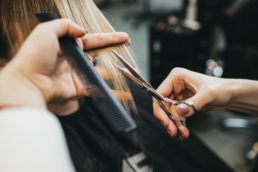 couper cheveux femme