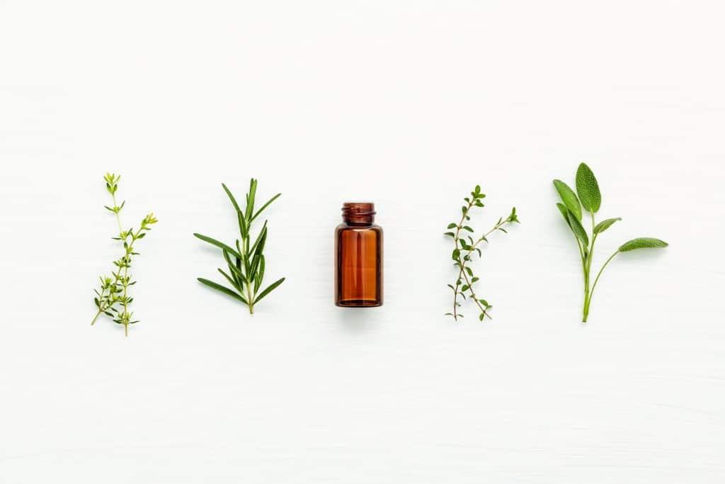 huiles essentielles pour les cheveux