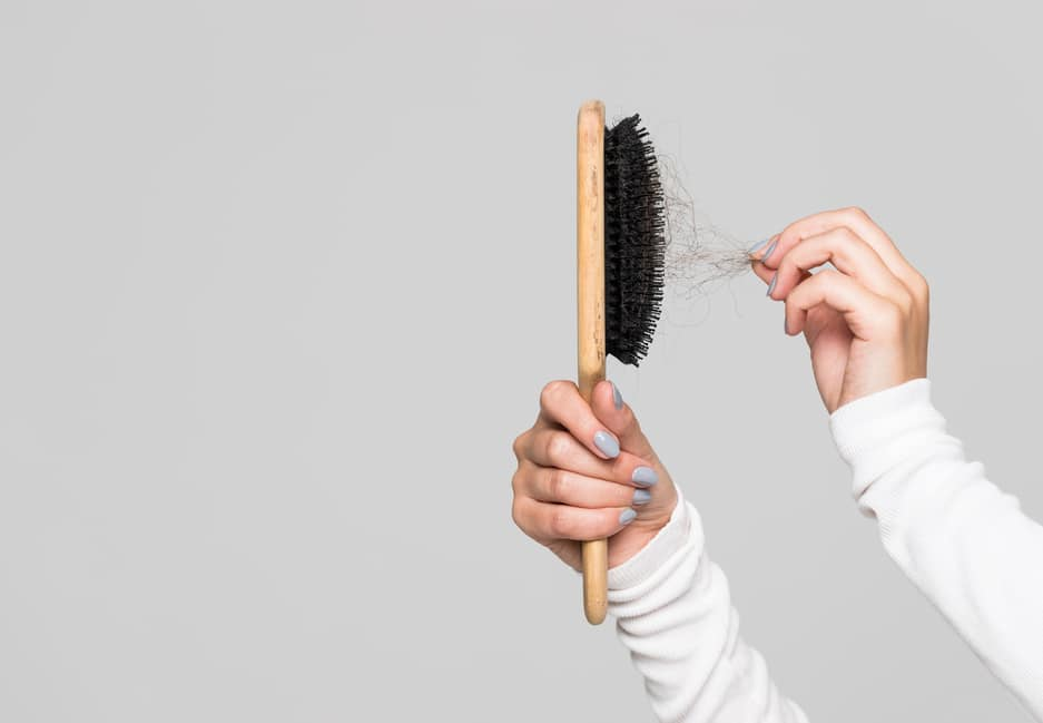 Sa brosse à cheveux : comment la nettoyer ?